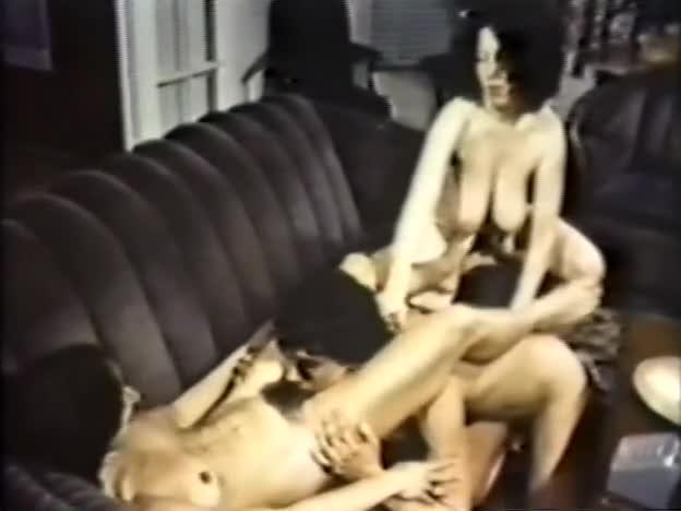 Порнофильм семейные бедра-3