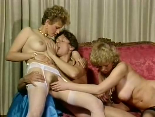 Crazy classic scene with Patricia Pasquale and Anne Karna