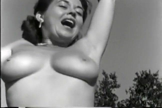 1940's MILF Forrest Frolic