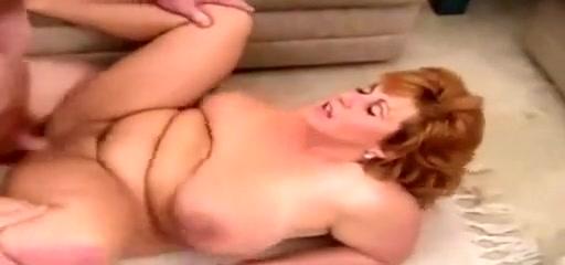 Big tits Chubby Vintage - Photoshoot turn on 3Some