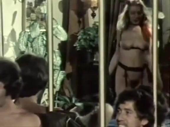 Retro mistress porn pics